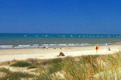 AUX COEURS VENDEENS-Accès direct à la plage pour le camping AUX COEURS VENDEENS-SAINT JEAN DE MONTS