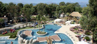 L'ARINELLA BIANCA-La piscine à remous du camping L'ARINELLA BIANCA-GHISONACCIA
