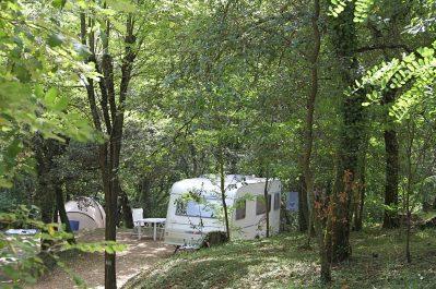LA CROIX CLEMENTINE-Les emplacements du camping LA CROIX CLEMENTINE-CENDRAS