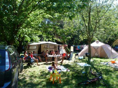 LES PLANS-Les emplacements du camping LES PLANS-ANDUZE