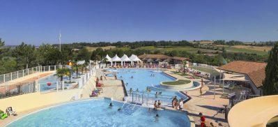 VILLAGE LAC DES 3 VALLEES-Le parc aquatique du camping VILLAGE LAC DES 3 VALLEES-LECTOURE