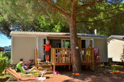 BON PORT-Les mobil-homes du camping BON PORT-LUNEL