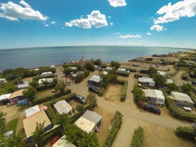 CALIFORNIE PLAGE-Accès direct à la plage pour le camping CALIFORNIE PLAGE-VIAS
