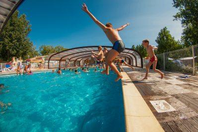 CALIFORNIE PLAGE-La piscine couverte et chauffée du camping CALIFORNIE PLAGE-VIAS