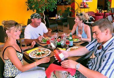 MEDITERRANEE PLAGE-Le restaurant du camping MEDITERRANEE PLAGE-VIAS