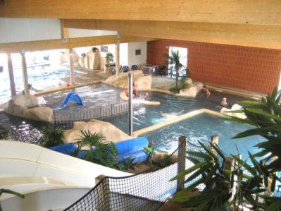 LA BOUTINARDIERE-La piscine couverte du camping LA BOUTINARDIERE-PORNIC