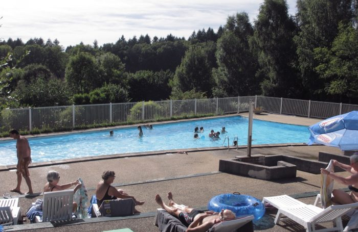 Swimming Pool Of The Campsite FREAUDOUR ...
