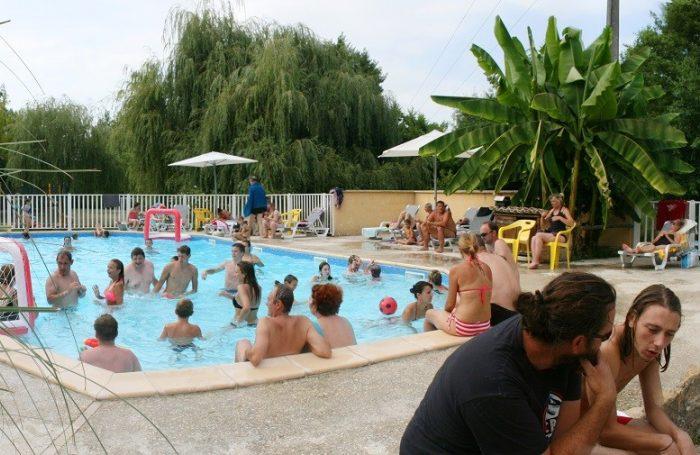 Swimming Pool Of The Campsite LA LENOTTE ...