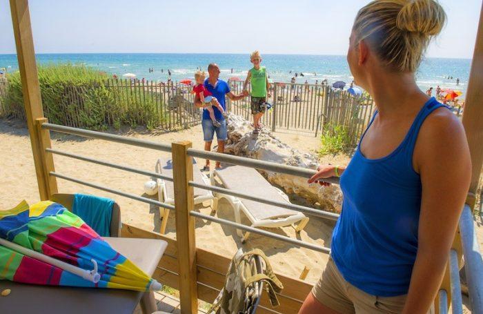 BEACH GARDEN Verfügt über Einen Direkten Zugang Zum Strand
