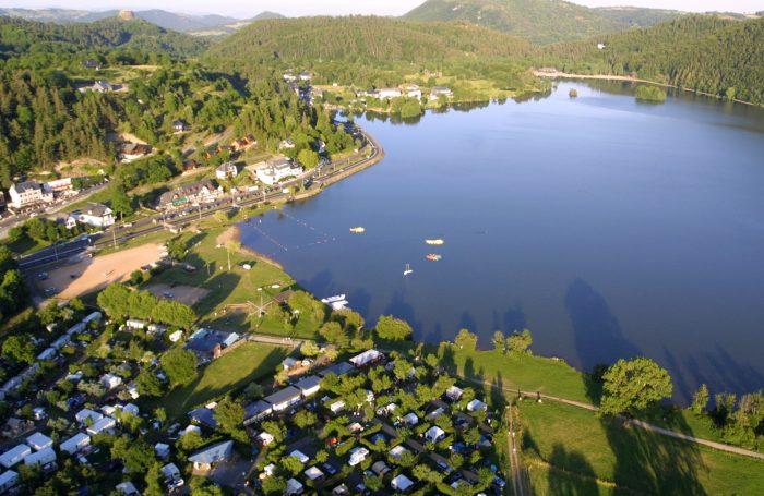 Campsite LE PRE BAS ***** in Chambon-sur-Lac Puy-de-Dôme ...