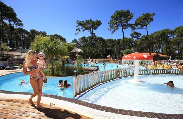 Great Wasserspiele Auf Dem Campingplatz PLAGE SUD, Landes ...