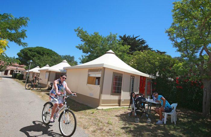 camping le rayolet six fours les plages var. Black Bedroom Furniture Sets. Home Design Ideas