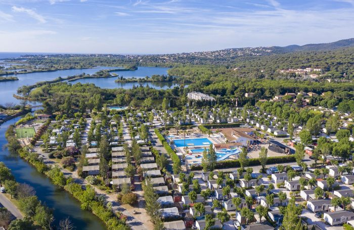 Camping Riviera D Azur In Frejus Var Campingfrance Com