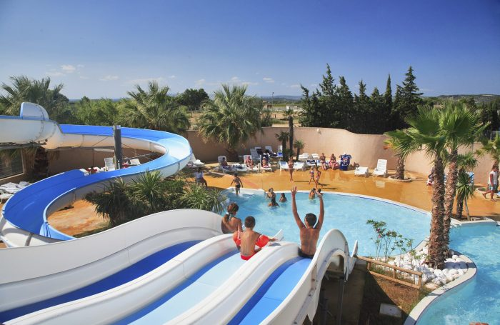 Camping les mimosas narbonne aude for Camping narbonne plage avec piscine
