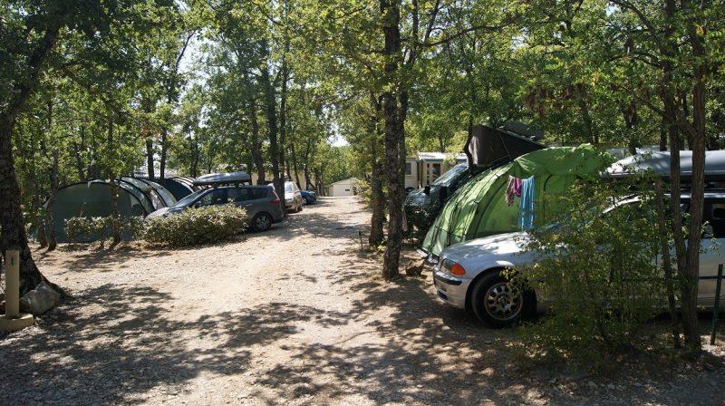 L'EPI BLEU-Les emplacements du camping L'EPI BLEU-BANON