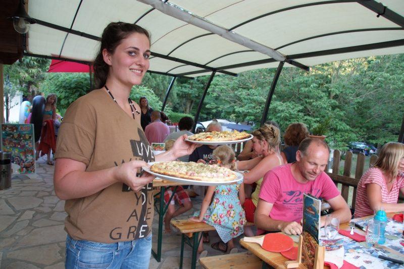 LE CHAMBOURLAS-Le restaurant du camping LE CHAMBOURLAS-SAINT VINCENT DE DURFORT