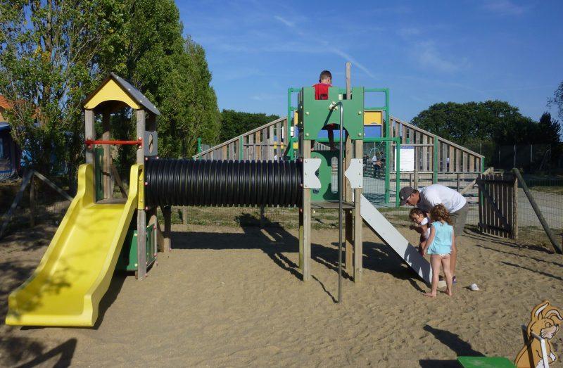 LES TROIS CHENES-Espace jeux pour les enfants-PORNICHET