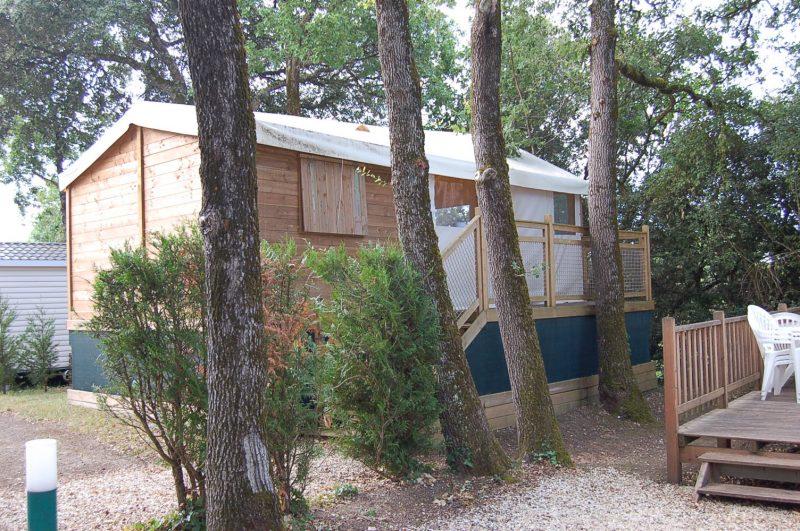 LES LOGES-Les hébergements insolites du camping LES LOGES-MESCHERS SUR GIRONDE
