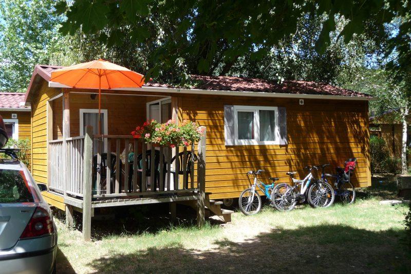 L'ILE DE LA COMTESSE-Les mobil-homes du camping L'ILE DE LA COMTESSE-MURS ET GELIGNIEUX