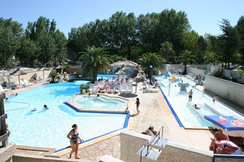 L'EDEN HOTEL DE PLEIN AIR-Le parc aquatique du camping L'EDEN HOTEL DE PLEIN AIR-GRAU DU ROI