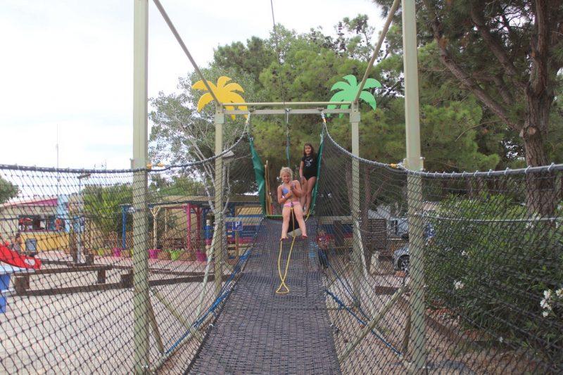 LE TRIVOLY-Espace jeux pour les enfants-TORREILLES