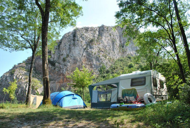 LE PRADAL-Un camping en pleine nature-ANDUZE