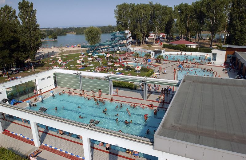 LA PLAINE TONIQUE - Le parc aquatique du camping LA PLAINE TONIQUE - MONTREVEL EN BRESSE