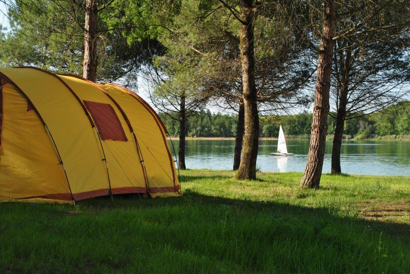 CAMPING LAC DE THOUX ST-CRICQ-Un camping en bord de lac le Gers-SAINT CRICQ