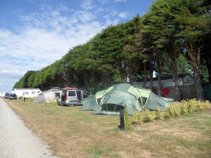 KER EUGENE-Les emplacements du camping KER EUGENE-AMBON