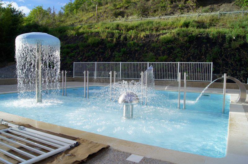 LES BORDS DU TARN-Jeux aquatiques au camping LES BORDS DU TARN, l'Aveyron-MOSTUEJOULS