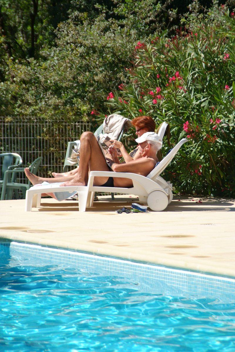 LES PINS DE LA COUBRE-La piscine du camping LES PINS DE LA COUBRE-MATHES