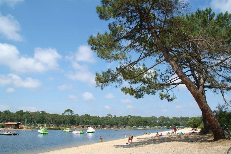 LES VIVIERS-Jeux aquatiques au camping LES VIVIERS, la Gironde-LEGE CAP FERRET